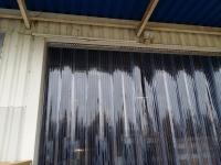 Műanyag függöny ajtóra