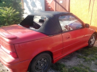 Cabrio autó hátsó ablak