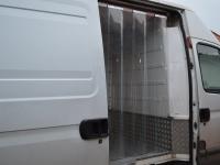 Hőfüggöny hűtő autóba