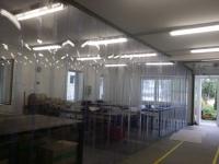 Hőszigetelő térelválasztó PVC függöny