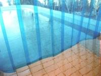 átlátszó PVC medence kiúszóba