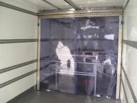 Térelválasztó PVC szalagból teherautóba